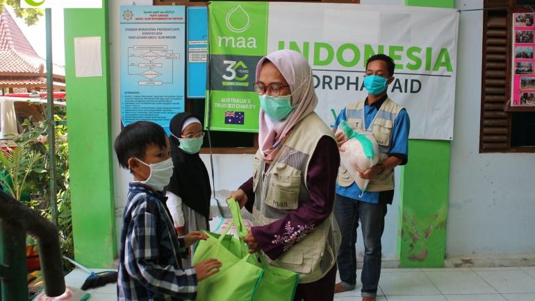 Distribusi Bantuan di Masa Pandemik Covid-19
